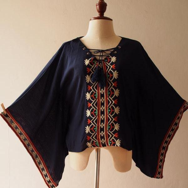 Navy Embroidery Poncho Top Boho Hippie Style Blouse Shirt -Free Size US4-US8